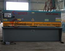 中(安徽名牌)供应机床 QC12Y-06x5000液压摆式(数显)剪板机