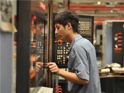 厦门银华机械第一届工匠精神技能大赛现场照